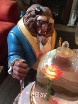 1991 Disney The Beauty And The Beast Rose Musical Snow Globe THE ROSE LIGHTS EUC
