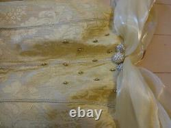 Disney Beauty and the Beast Cosplay dress Woman secret honey Japan elegance