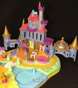 Polly pocket 1997 Disneys Belle Beauty and the Beast Castle Schöne Biest