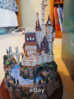 WDCC BEASTS CASTLE DISNEY CLASSICS ENCHANTED PLACES WithCOA BEAUTY AND THE BEAST